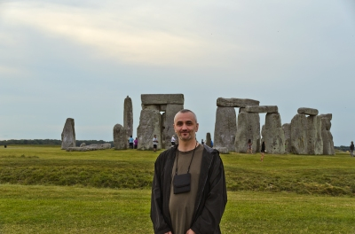 The stones are roped off to the public so most people never get much closer than where I'm standing in this photo.