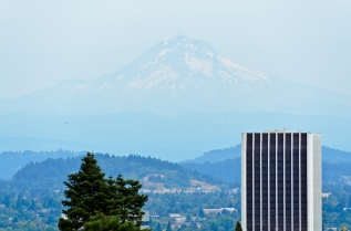 View of Mount Hood from Japanese Garden. Portland, Oregon - Augu