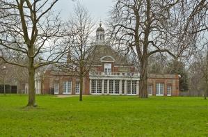 Hyde Park - London, England: Serpentine Gallery