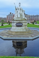 Kensington Gardens - London, England: Kensington Palace