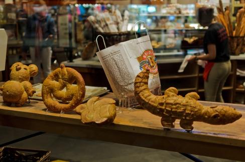 San Francisco, California: Bread animals.